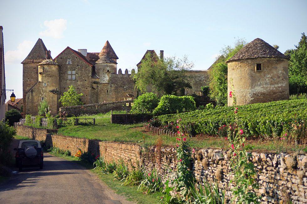 Chateau de Bossy sur Fley, Bourgogne